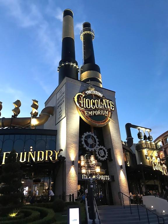 Universal Orlando Resort Toothsome Chocolate Emporium and Savory Feast Kitchen