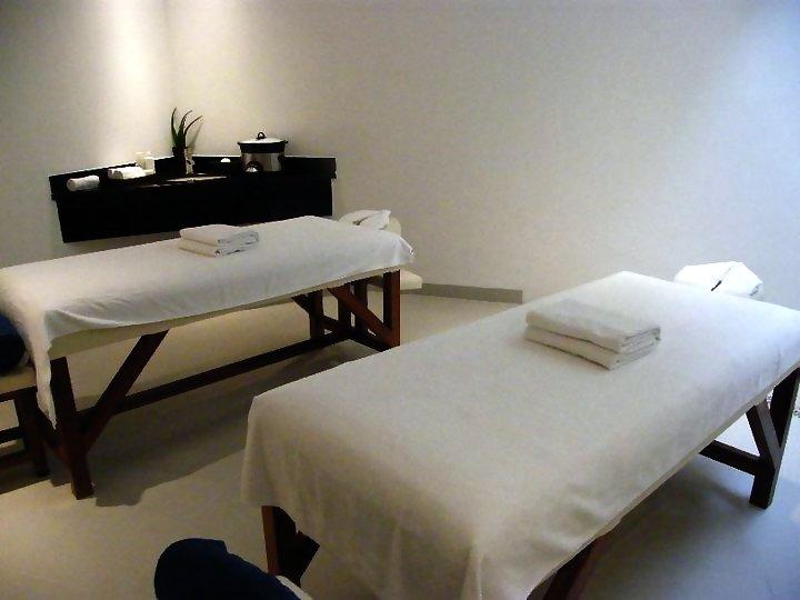 Grand Park Royal Cancun Caribe Mexico Massage Table