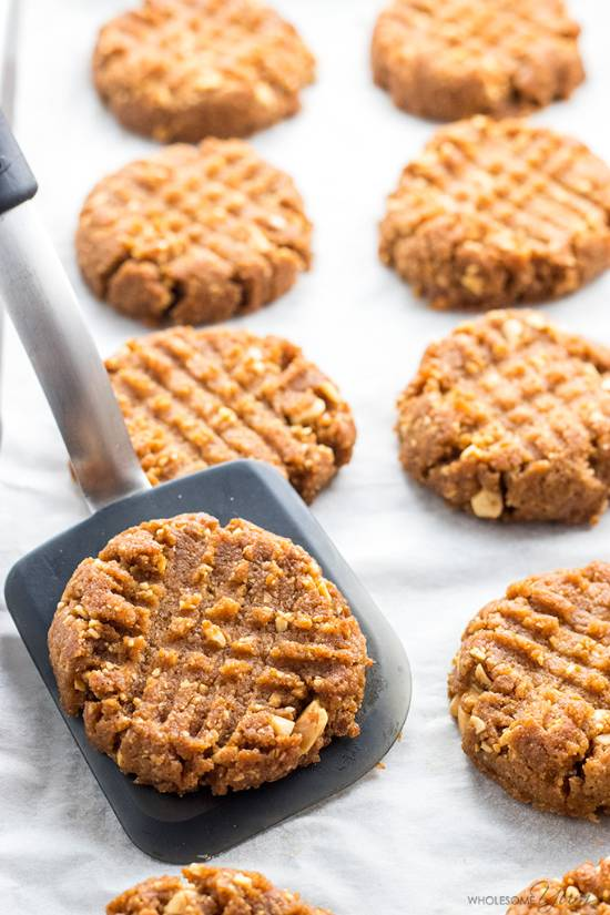 www.wholesomeyum.com-sugar-free-low-carb-peanut-butter-cookies-recipe-4-ingredients-2