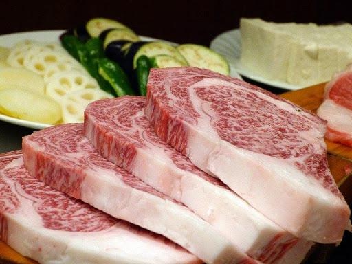 Must- Eat Foods in Kobe Beef