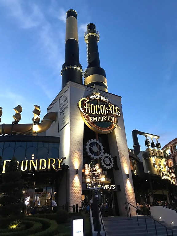 Universal Orlando Resort Toothsome Chocolate Emporium and Savory Feast Kitchen