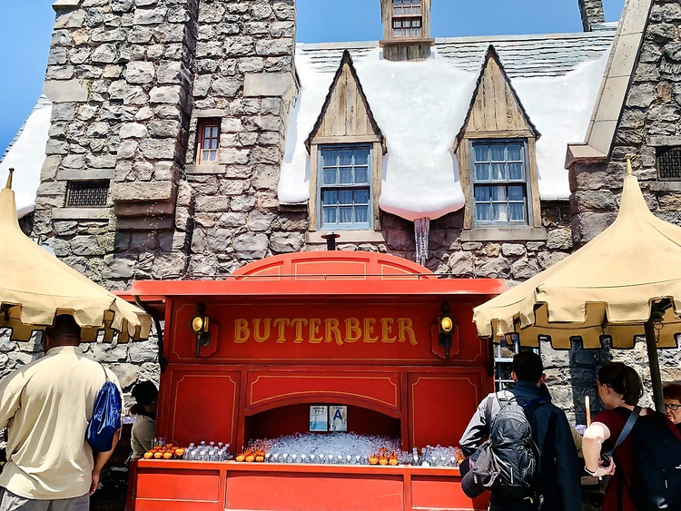 Universal Studios Hollywood Wizarding World of Harry Potter Butterbeer