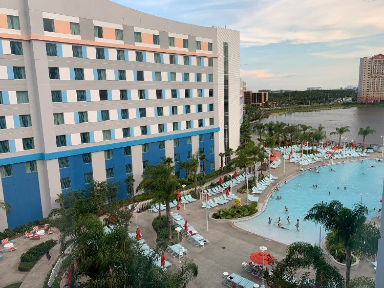 Surfside Inn and Suites at Universal Orlando Resort: Review